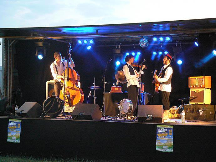 Viry-Noureuil, le 10 juillet 2010 : Les Voleurs de Swing